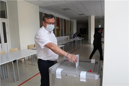 Михаил Ноздряков принял участие в голосовании по поправкам в Конституцию РФ