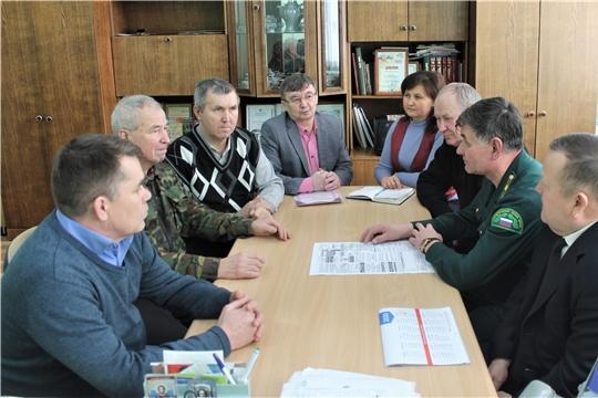В редакции Моргаушской районной газеты состоялась встреча по вопросам заготовки гражданами древесины для собственных нужд