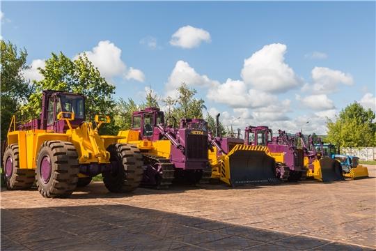 50 тракторов в месяц - Промтрактор бьет рекорды!