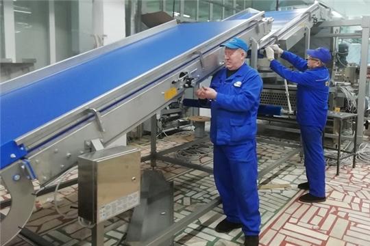 На кондитерской фабрике «АККОНД» идет монтаж линии сахарного печенья