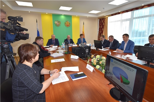 Сергей Артамонов провел заседание Правительственной чрезвычайной противоэпизоотической комиссии