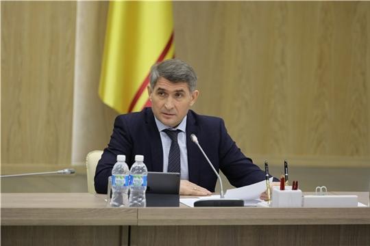 Олег Николаев ищет талантливых управленцев и молодых лидеров