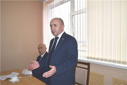 Сергей Артамонов представил коллективу АО «Чувашхлебопродукт» нового врио генерального директора
