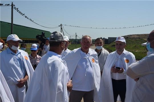 Министр сельского хозяйства Сергей Артамонов с рабочим визитом посетил Вурнарский район