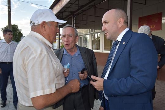 Сергей Артамонов встретился с аграриями, главами сельских поселений и ветеранами АПК Цивильского района