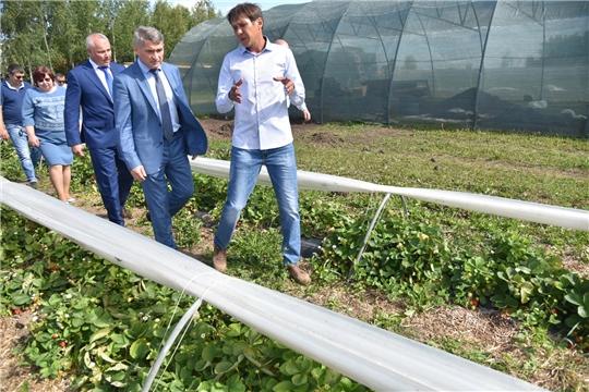 Олег Николаев побывал с рабочим визитом в Чебоксарском районе