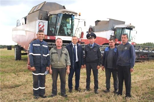 Труженики СХПК им. Суворова Моргаушского района завершили уборку зерновых
