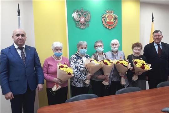 В преддверии Нового года Сергей Артамонов встретился с ветеранами АПК