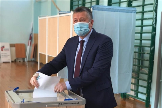 Министр транспорта и дорожного хозяйства Владимир Осипов принял участие в голосовании по поправкам в Конституцию России