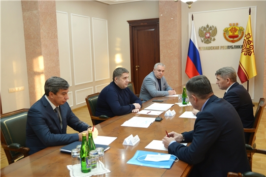 Глава региона встретился с заместителем руководителя Росавтодора Романом Новиковым
