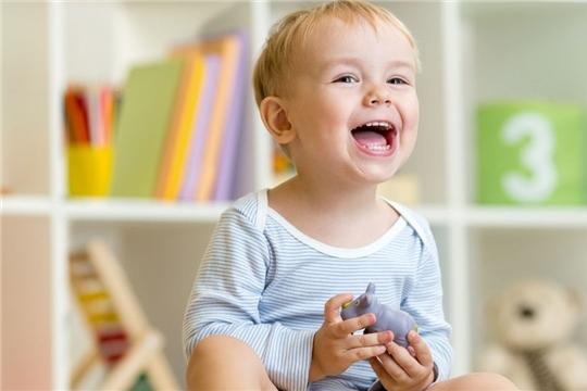 В Чувашии дополнительные пособия по 5 тысяч рублей будут назначены на 34 тысячи детей