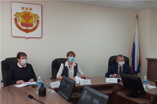 Прошла прямая линия с министром труда Аленой Елизаровой «О социальных выплатах. Часто задаваемые вопросы»