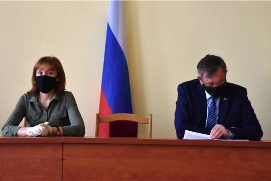 Совещание по предупреждению распространения коронавирусной инфекции в Аликовском районе