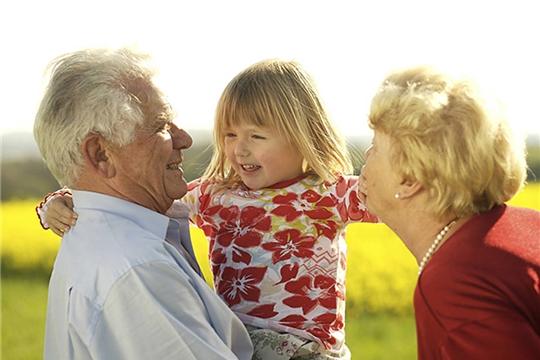Пенсионерам-опекунам – пенсия с индексацией