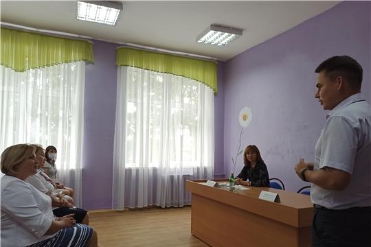 Министр труда Алена Елизарова посетила Козловский район