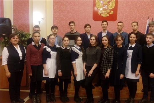 В любви признания повсюду, цветы, улыбки вновь и вновь…- День всех влюблённых в отделе ЗАГС администрации Батыревского района