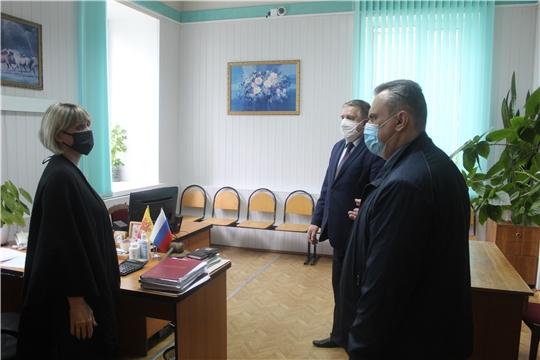 Дмитрий Сержантов посетил судебный участок мирового судьи № 1 Порецкого района Чувашской Республики