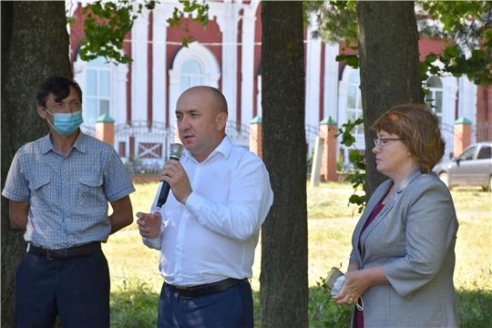 Министр сельского хозяйства Сергей Артамонов с рабочим визитом посетил Моргаушский район