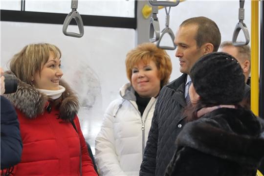 Глава Чувашии Михаил Игнатьев проверил комфортность перевозок на новом троллейбусном маршруте «Чебоксары – Новочебоксарск»