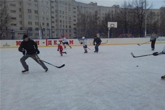 Спортивные инструкторы Московского района г. Чебоксары подготовили насыщенную программу для приверженцев здорового образа жизни