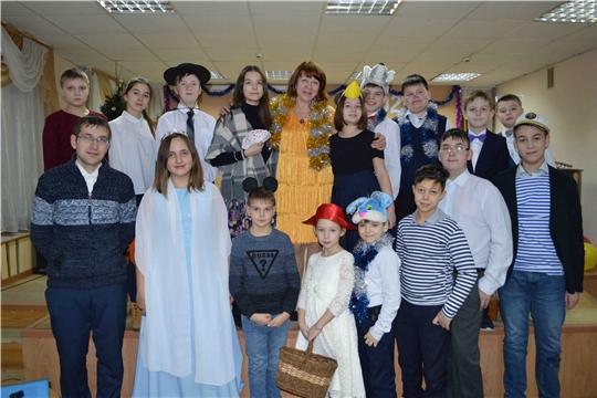 Яркой театральной постановкой в музыкальной школе № 3 подвели итоги Года театра в России