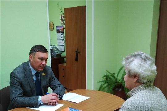 Депутат Госсовета Чувашии Николай Николаев провел прием граждан