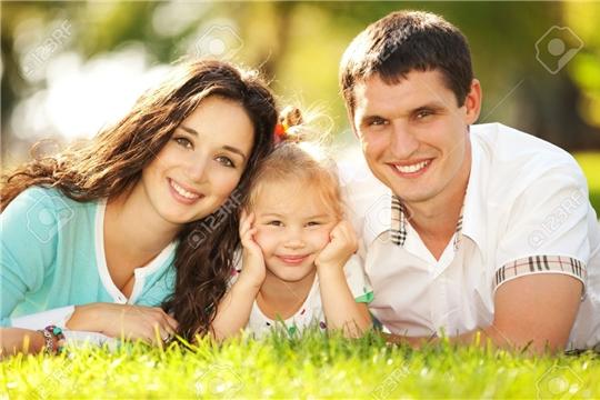 Определены даты перечисления единовременной выплаты семьям с детьми от 3 до 16 лет