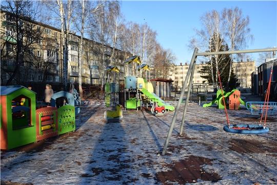 Очередная дворовая территория по улице Пирогова в Чебоксарах готова к эксплуатации