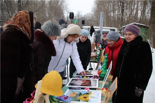 Глава администрации Новочебоксарска Ольга Чепрасова приветствовала участников Фестиваля русского валенка