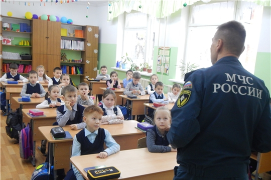 г. Новочебоксарск: занятия по безопасности на воде для детей продолжаются