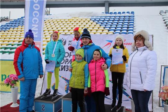 В Новочебоксарске состоялись открытые массовые соревнования по конькобежному спорту «Лед надежды нашей»