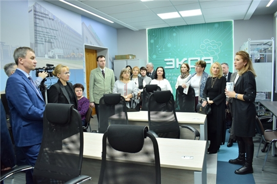 Директора новочебоксарских школ высоко оценили учебно-лабораторную базу и подготовку кадров в ЧГУ им. И.Н. Ульянова