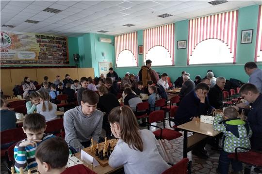 В День защитника Отечества состоялся городской турнир по шахматам и шашкам, посвященный 75-ой годовщине Победы в Великой Отечественной войне