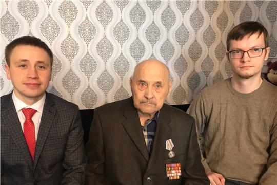 г. Новочебоксарск: юбилейную медаль в честь 75-летия Великой Победы вручили участнику войны Петру Васильевичу Васину