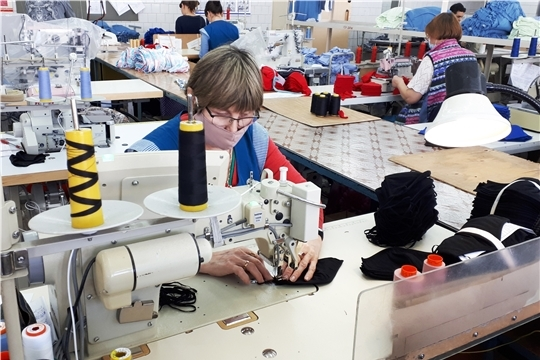 Швейная фабрика «Пике» запустила производство трикотажных масок
