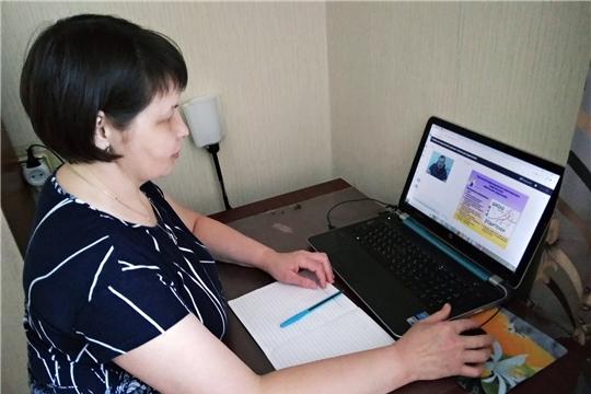 В Новочебоксарске состоялись онлайн-лекции для педагогов, старшеклассников и родителей в рамках республиканского проекта «Школа для родителей»