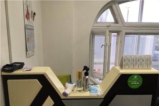Мобильные бригады инспектируют салоны красоты, косметические салоны и парикмахерские