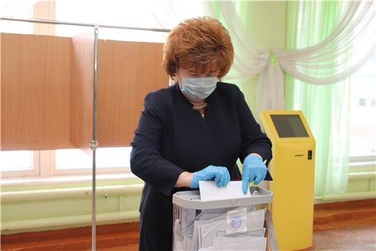 Глава администрации Ольга Чепрасова приняла участие в общероссийском голосовании по вопросу одобрения изменений в Конституцию Российской Федерации.
