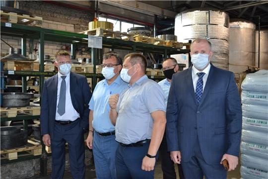 Исполняющий обязанности министра финансов Чувашской Республики Михаил Ноздряков  посетил ООО «Чебоксарский трубный завод»