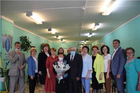Председатель «Союза женщин Чувашии»  Наталья Николаева поздравила семьи Новочебоксарска