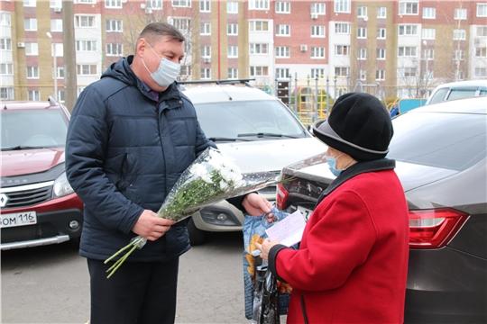 В День памяти жертв политических репрессий в Новочебоксарске посетили пострадавших от тоталитарного режима