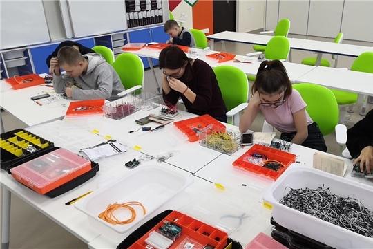 Инженерные каникулы в Технопарке «Кванториум» прошли на «ура»
