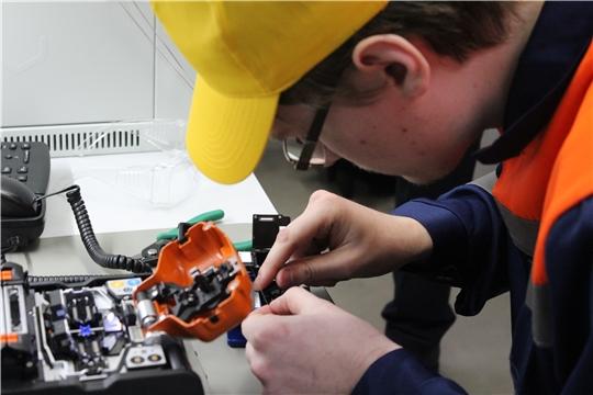 Мастерская МЦК-ЧЭМК «Информационные кабельные сети» поможет освоить профессии будущего