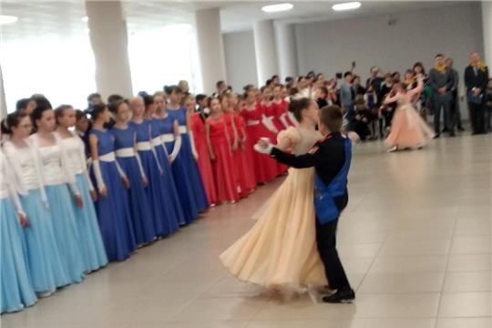 Сегодня в Чебоксарах пройдет бал юных патриотов «Вальс Победы»