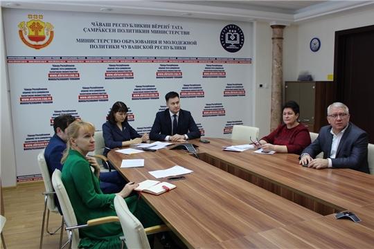 И.о министра Сергей Яковлев поставил задачу: «Грамотно организовать образовательный процесс после завершения школьных каникул»