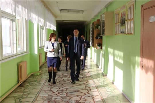 И.о.министра Сергей Яковлев посетил  Моргаушскую школу