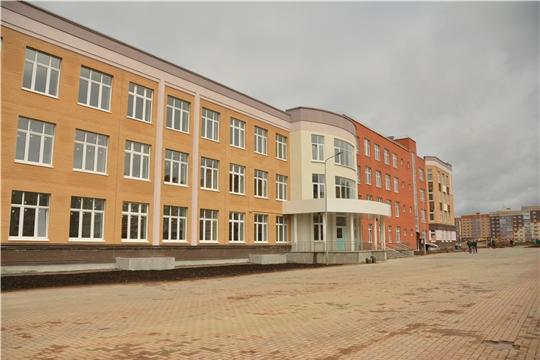 Олег Николаев проинспектировал ход строительства школы в микрорайоне «Новый город»