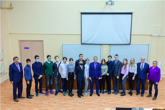 Образовательный проект Яндекс.Лицей в партнерстве с ЧувГУ запустил второй обучающий поток