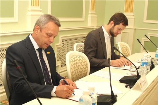 ЧувГУ и компания KUKA подписали соглашение о сотрудничестве
