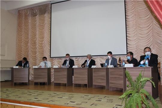 Кандидаты на пост Главы Чувашской Республики в рамках дискуссионной площадки выступили перед сельскими депутатами